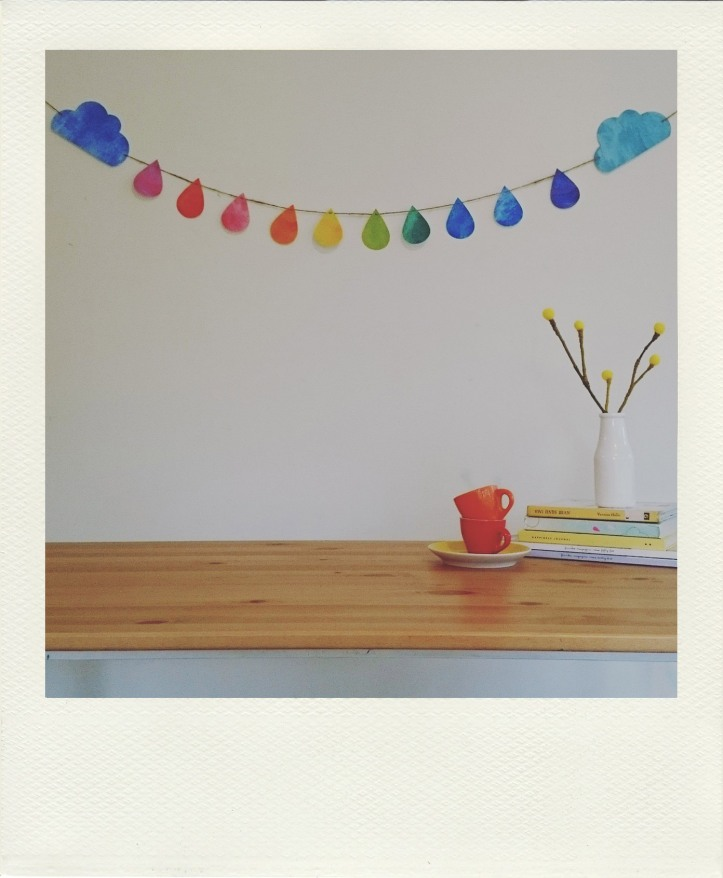 rainbow drops bunting at the table